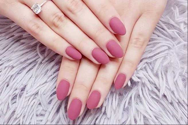 Round shaped Nail Designs